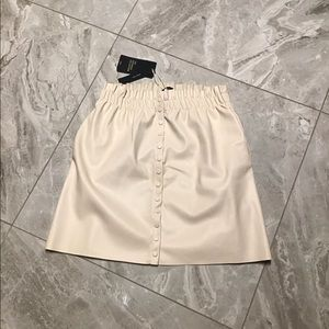 ZARA CREAM BUTTONS SKIRT
